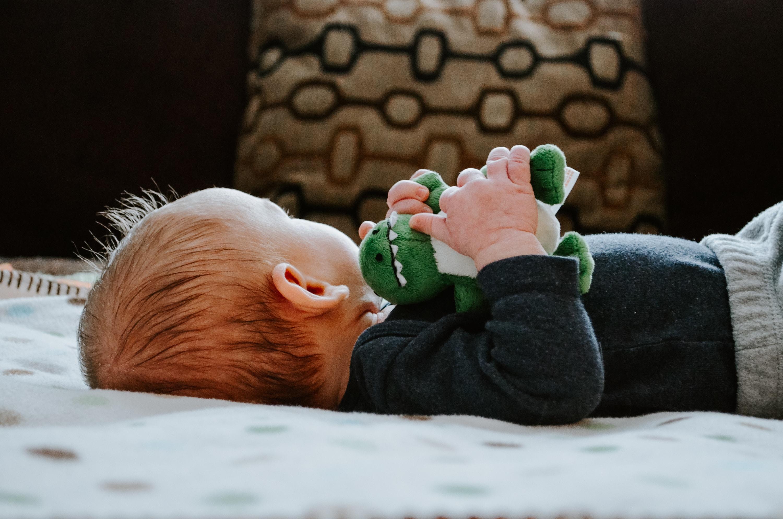 Zabawki dla niemowląt na prezent i do żłobka